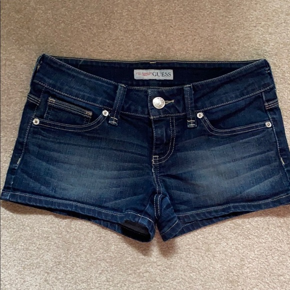 Summer is coming Guess Jean Shorts